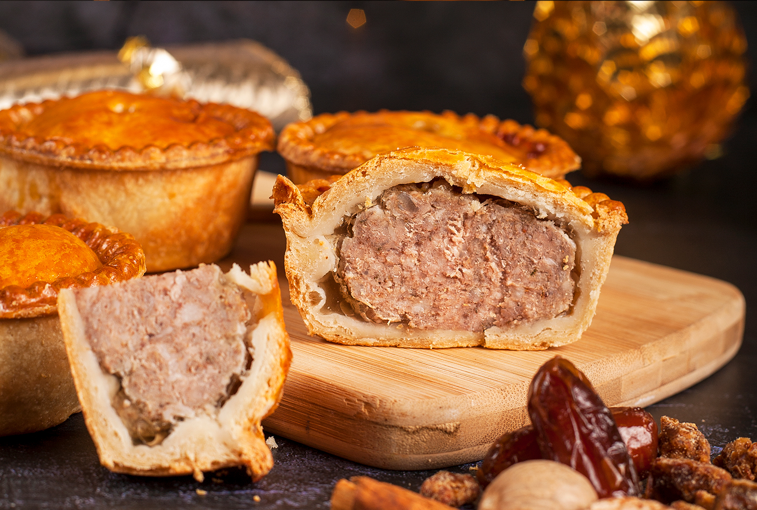 CHRISTMAS SPICE AND DATE PORK PIE MIX